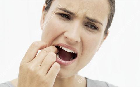 Что делать, если откололся зуб до десны