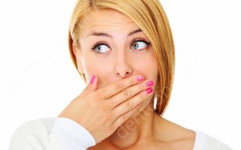 Обзор 10 средств от неприятного запаха изо рта!
