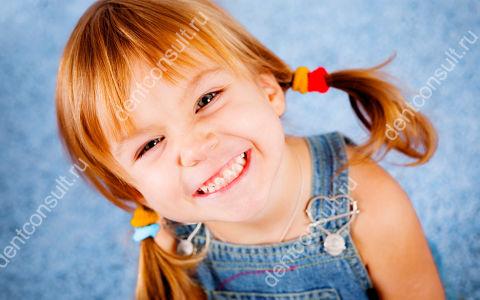 Есть ли нерв в молочных зубах и как его удаляют