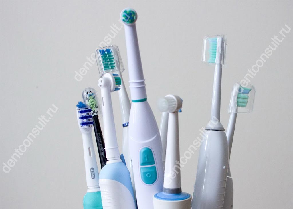 Фото электрическая зубная щетка – На самом ли деле электрическая зубная щетка лучше обычной ручной? Как не потратить деньги в пустую и сделать правильный выбор?