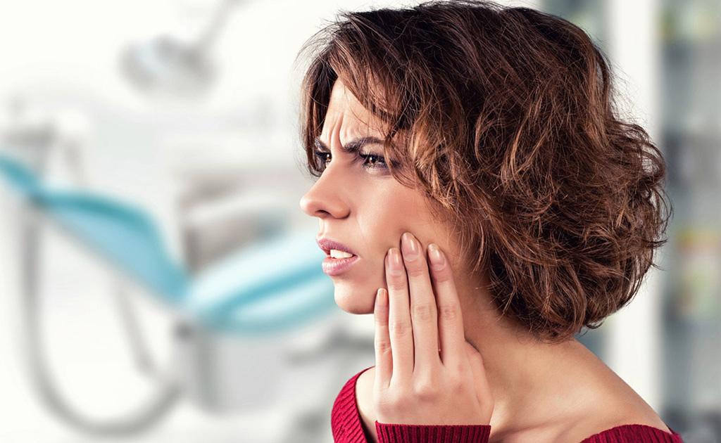 Как и чем быстро снять зубную боль в домашних условиях
