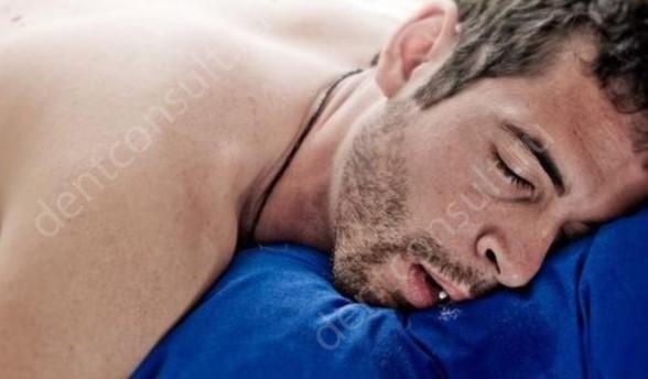Фото: Слюноотделение во сне
