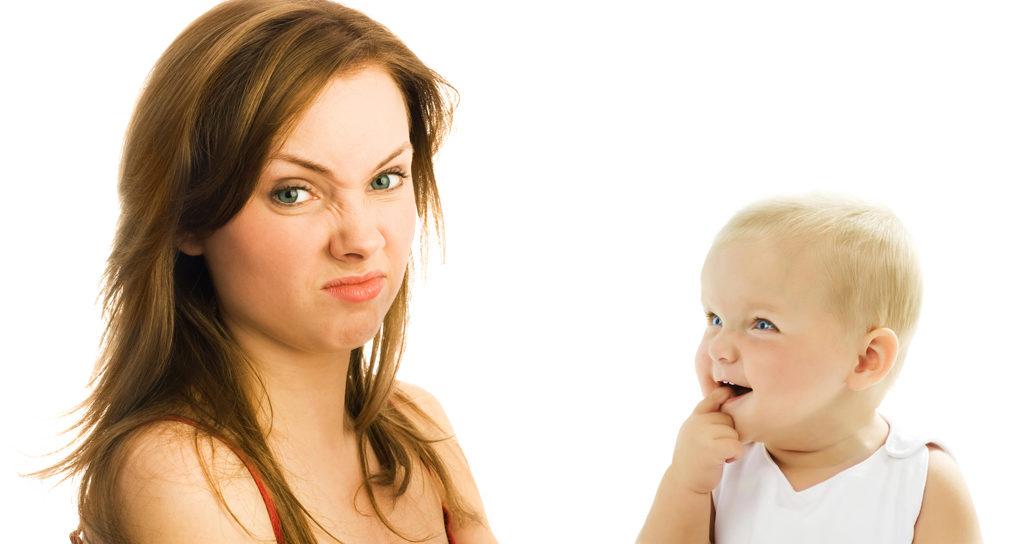 Почему у ребенка может пахнуть изо рта?