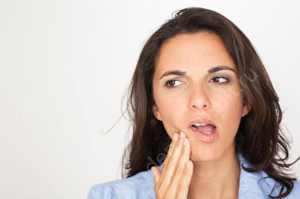 Все о периимплантите после имплантации зубов