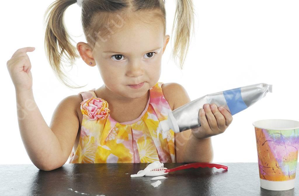 Как правильно выбрать детскую зубную пасту