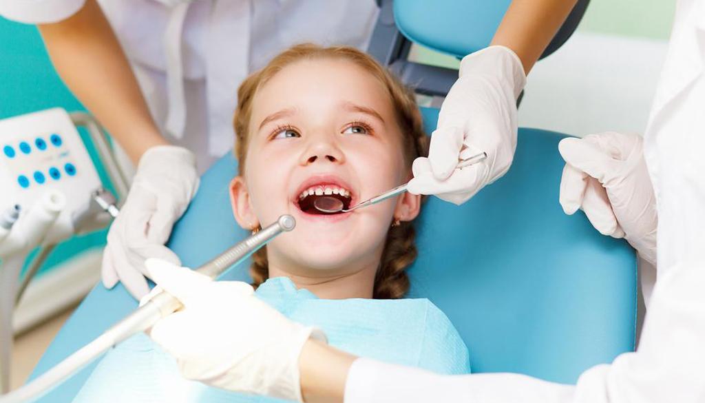 Своевременное лечение молочных зубов очень важно при формировании постоянного прикуса