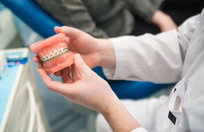 Кто такой врач-ортодонт, и чем он занимается