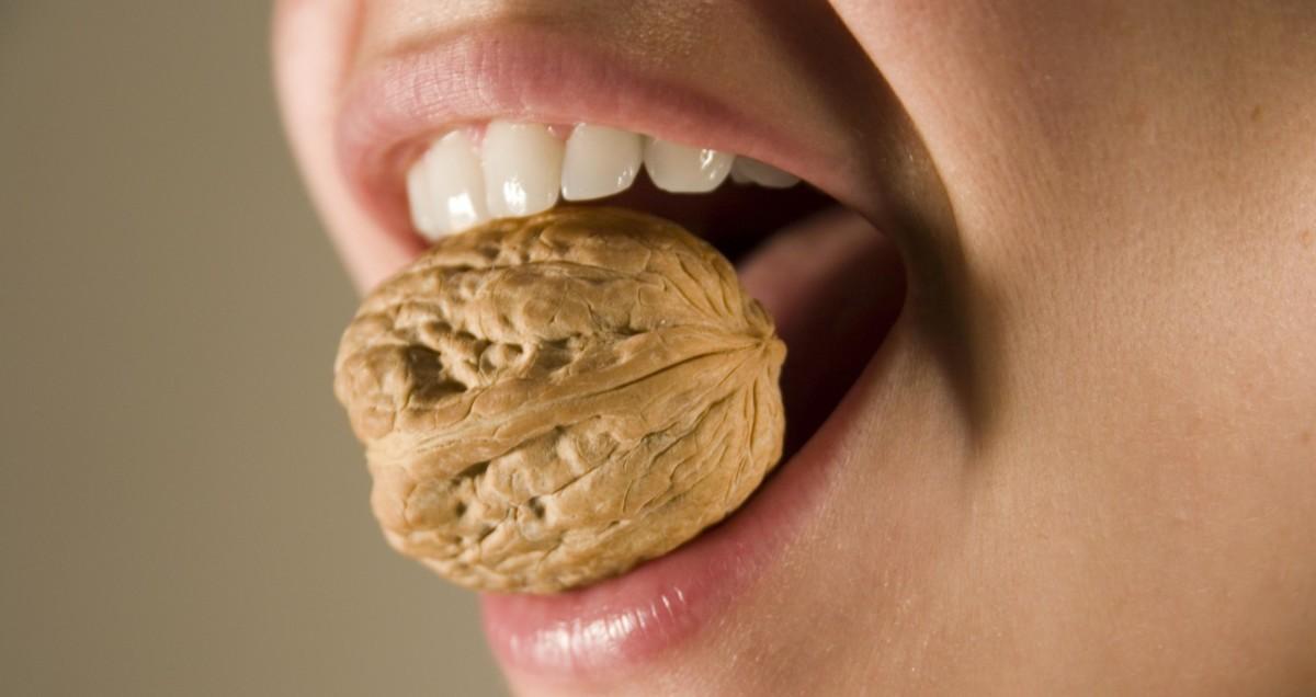 Протезирование при повреждениях зубов